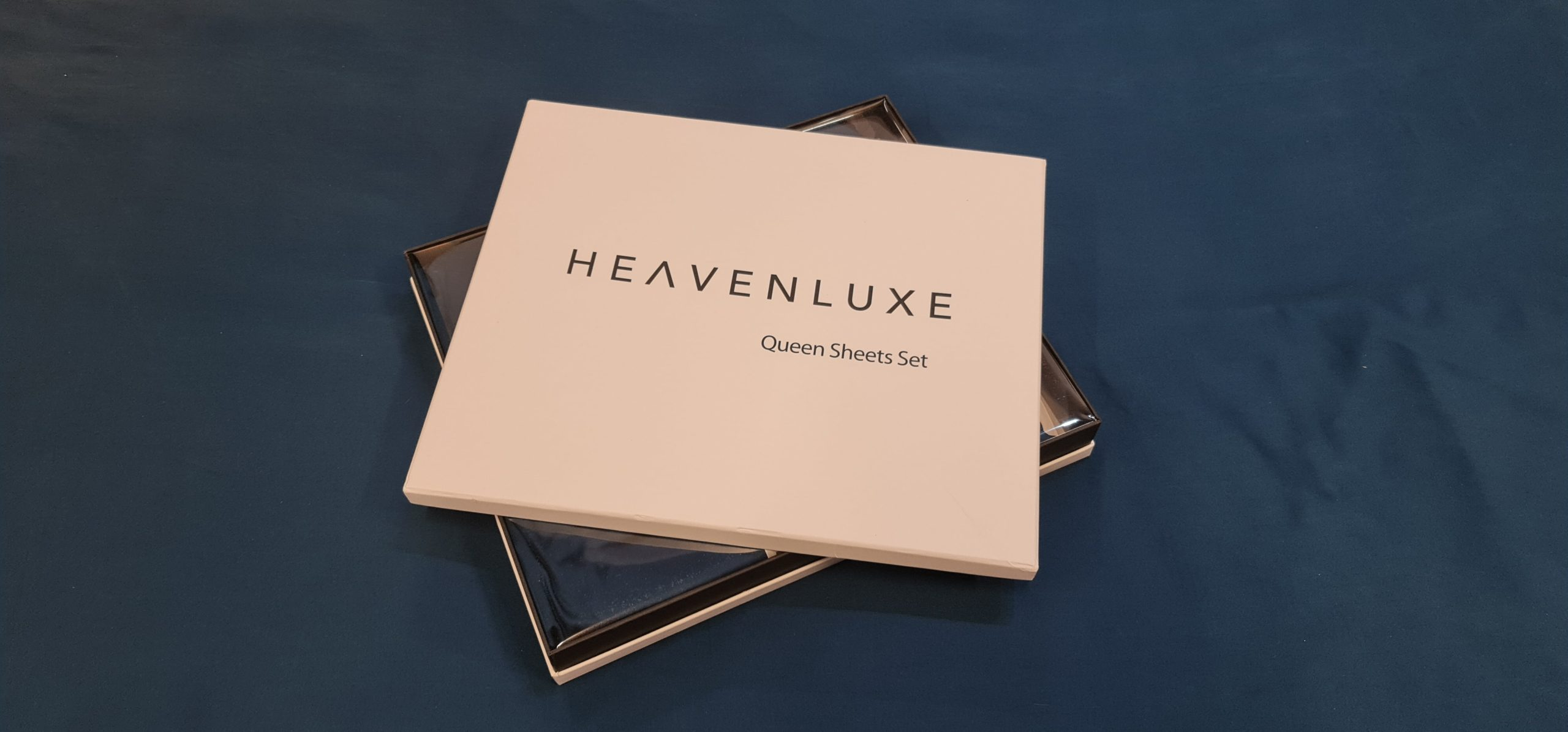 Heavenluxe Navy Blue Sheet Set-min